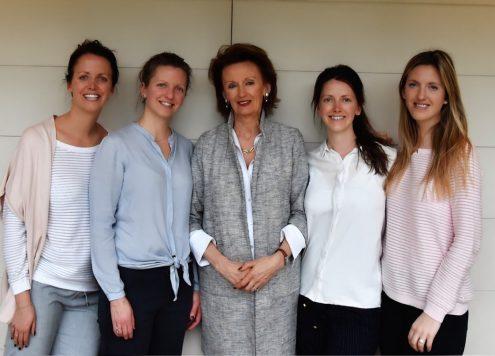 Vijf vrouwen Buissonnière