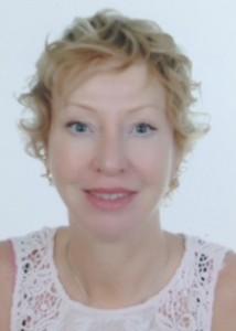 Karin (53) woont in Abu Dhabi.