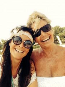 Ingrid met haar dochter Emma.