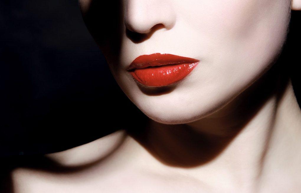 rode-lippenstift-nika-akin-unsplash